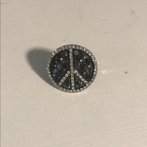 Woman's peace ring